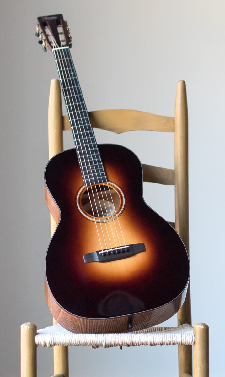 sunburst 00 12 fret guitar