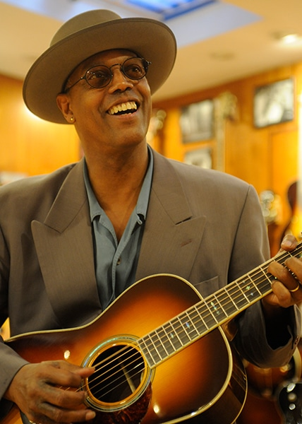 eric bibb preston thompson guitars