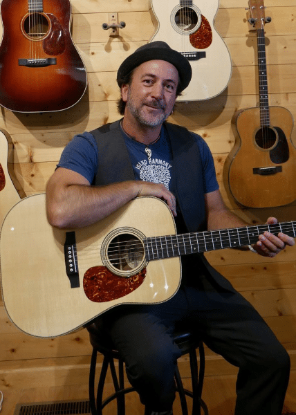 ray hughes sponsors preston thompson guitars