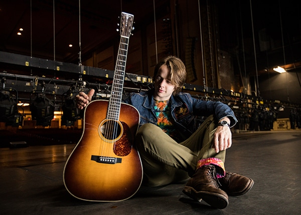 Billy Strings and Thompson Guitars
