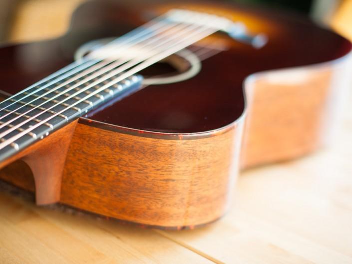 Preston Thompson 00-sunburst-acoustic-guitar-2