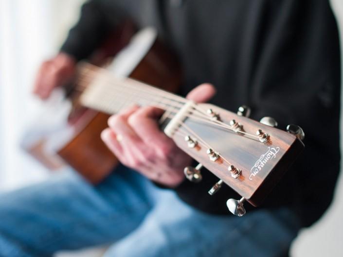 Preston Thompson 00-sunburst-acoustic-guitar-20