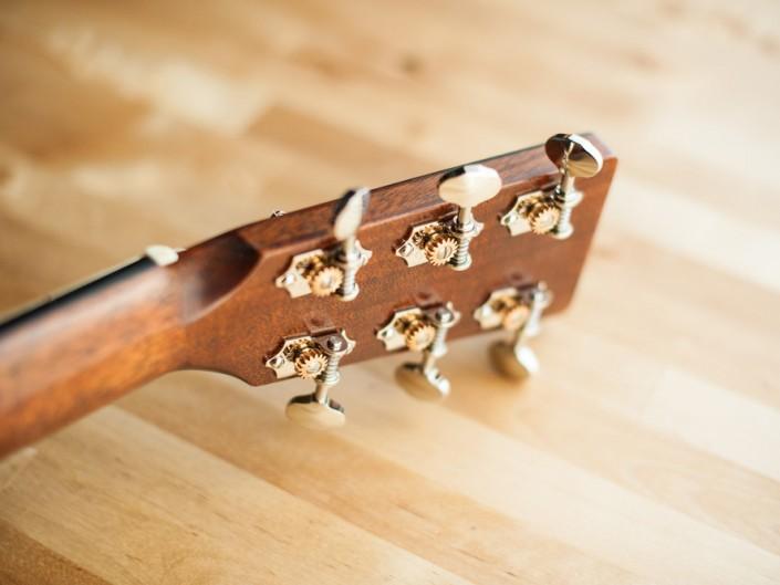 Preston Thompson 00-sunburst-acoustic-guitar-9
