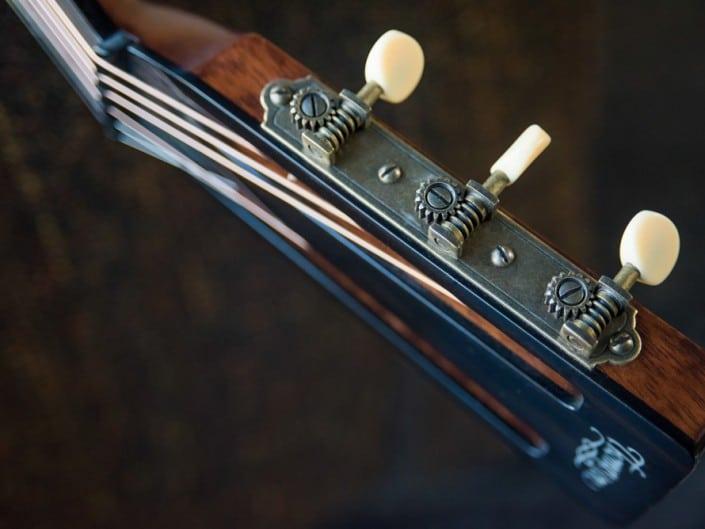 Thompson Guitars acoustic-guitar-mahogany-size-2-parlor-10