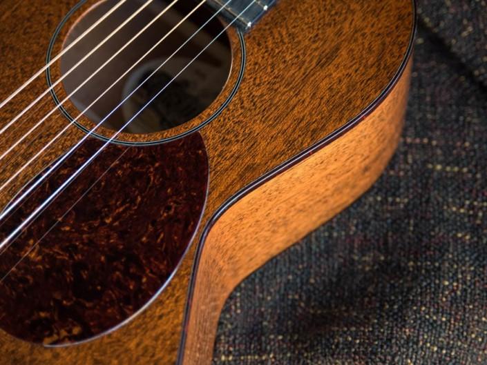 Thompson Guitars acoustic-guitar-mahogany-size-2-parlor-9