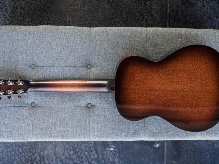 00 Acoustic Guitar