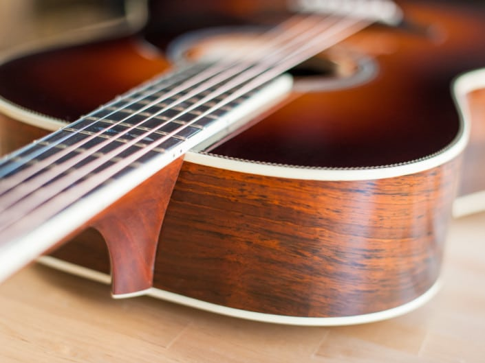 12 Fret 000 acoustic guitar handcrafted from Adirondack Spruce and Brazilian Rosewood. 4