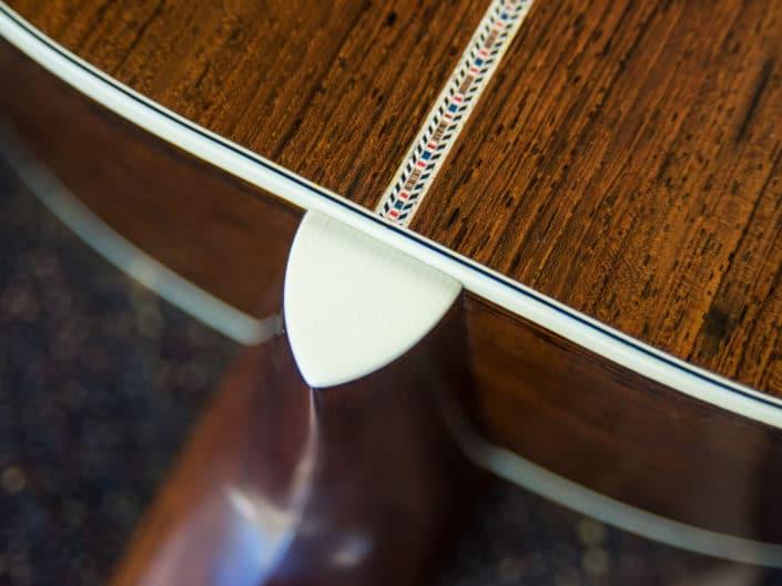 custom-acoustic-guitar-12fret-000-15