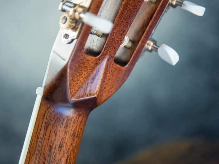 custom-acoustic-guitar-12fret-000-18