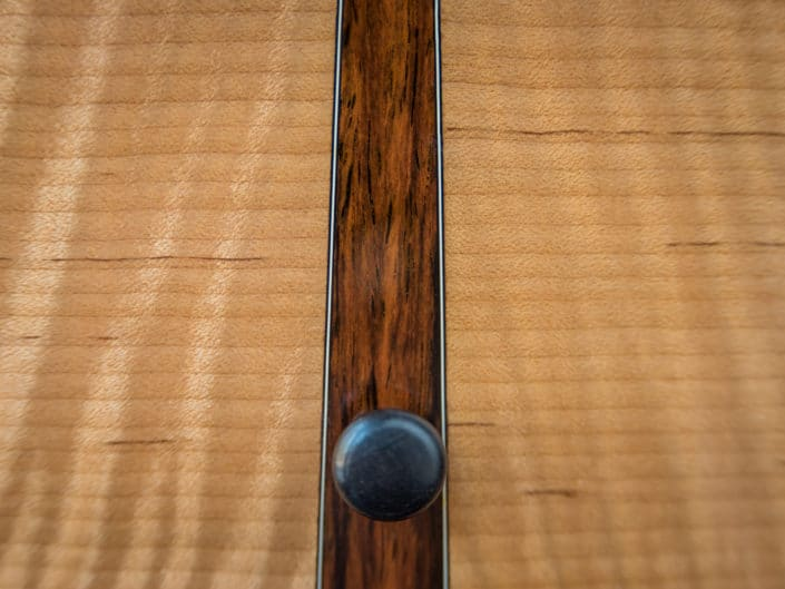Slope Shoulder Top Torrified Maple/Lutz Top Center Piece