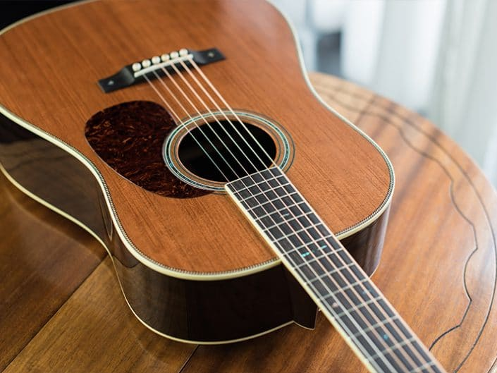 REDWOOD EAST INDIAN  – 12 Fret Dreadnought